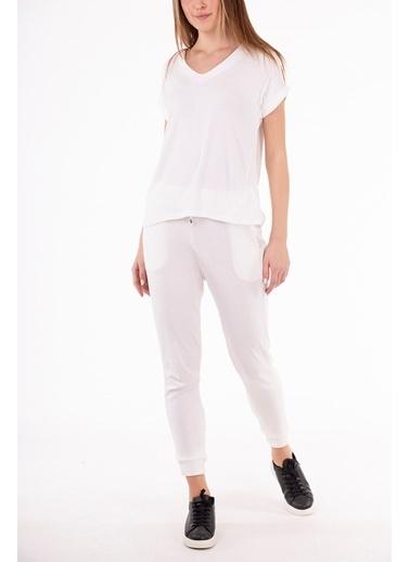 Stamina  Bayan V Yaka Duble Kısa Kol Bluz-5VS14 Beyaz